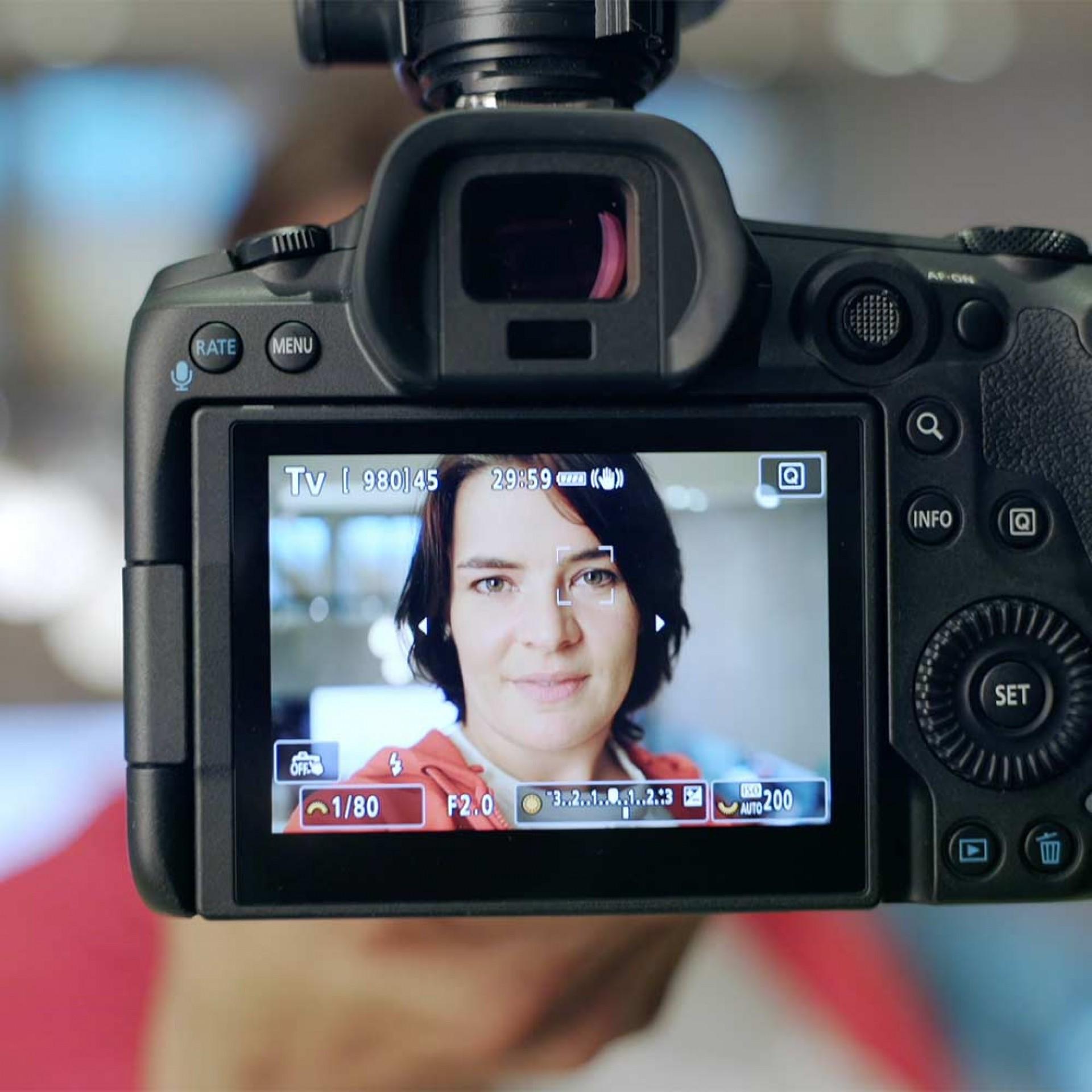 ISO-Automatik und Gesichtserkennung beim Blitzen, Petra Selbertinger