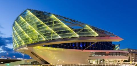 Canon Academy - Architektur